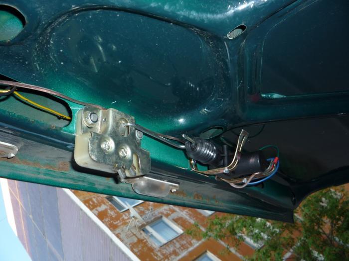 Открытие багажника с кнопки ваз 2107