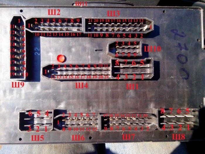 Электросхема монтажного блока ваз 2114