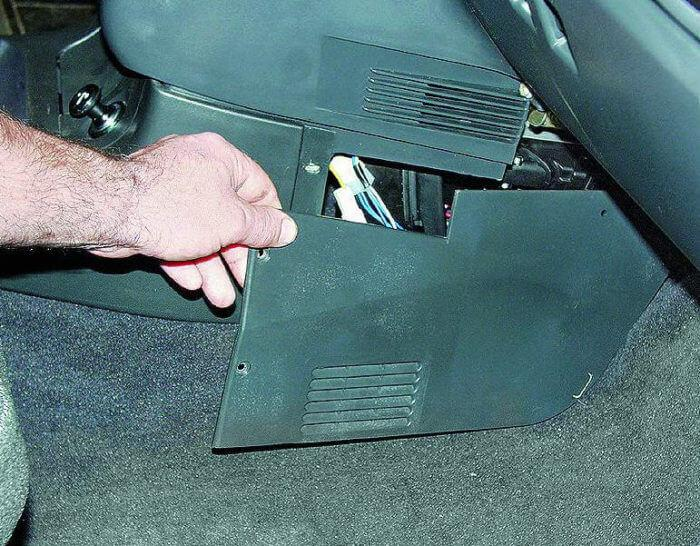 Блок предохранителей ВАЗ 2110, 2111, 2112 схема и реле
